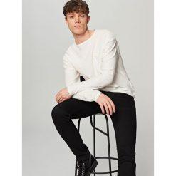Swetry męskie: Lekki sweter z domieszką lnu – Biały