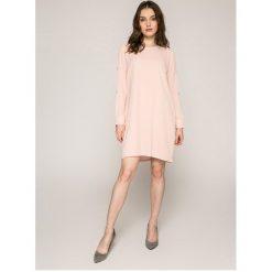 Answear - Sukienka. Szare sukienki mini ANSWEAR, na co dzień, l, z poliesteru, casualowe, z okrągłym kołnierzem, proste. W wyprzedaży za 59,90 zł.