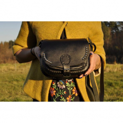 Klasyczna torebka ze skóry naturalnej HandMade. Brązowe torebki klasyczne damskie Pakamera, ze skóry, duże. Za 349,00 zł.