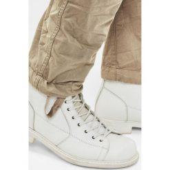 G-Star Raw - Spodnie Rovic Zip 3D. Czarne rurki męskie marki G-Star RAW, l, z materiału, retro. Za 459,90 zł.