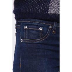 Rag & bone Jeans Skinny Fit bedford. Niebieskie boyfriendy damskie rag & bone, z bawełny. Za 899,00 zł.