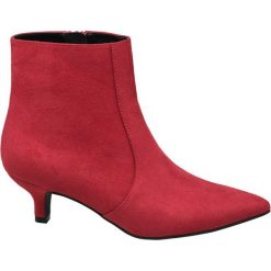 Botki damskie Catwalk czerwone. Czerwone botki damskie na obcasie Catwalk, z materiału, na zamek. Za 95,92 zł.