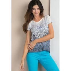 T-shirt z cieniowanym wzorem. Szare t-shirty damskie Monnari, z jeansu. Za 49,95 zł.