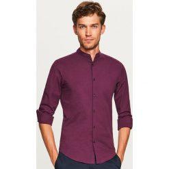 Koszula ze stójką super slim fit - Bordowy. Czerwone koszule męskie na spinki marki Cropp, l. Za 99,99 zł.
