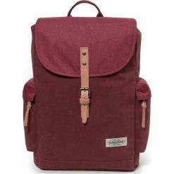 Plecak w kolorze czerwonym - 34 x 42 x 11 cm. Czerwone plecaki damskie Eastpak, w paski, z materiału. W wyprzedaży za 173,95 zł.