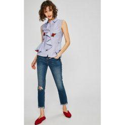 Guess Jeans - Top Kira. Szare topy damskie marki Guess Jeans, m, z aplikacjami, z bawełny. W wyprzedaży za 239,90 zł.