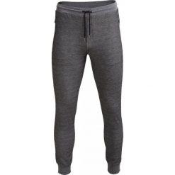 Spodnie dresowe męskie SPMD602 - SÓL I PIEPRZ - Outhorn. Czarne spodnie dresowe męskie Outhorn, na jesień, z dresówki. W wyprzedaży za 69,99 zł.