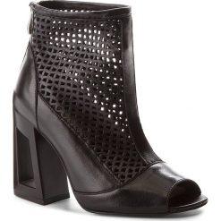 Botki OLEKSY - 562/320 Czarny. Szare buty zimowe damskie marki Oleksy, ze skóry. W wyprzedaży za 229,00 zł.