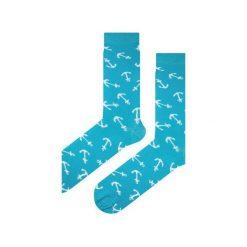 Skarpety niebieskie w kotwice. Niebieskie skarpetki męskie Em men's accessories, z bawełny. Za 29,99 zł.