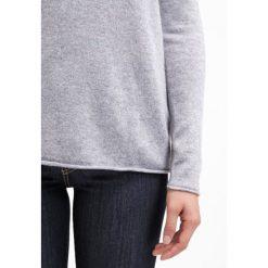 Swetry klasyczne damskie: FTC Cashmere Sweter grau