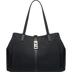 Fiorelli - Torebka. Czarne torebki klasyczne damskie marki Fiorelli, z materiału. Za 339,90 zł.