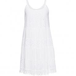 Sukienka letnia z koronką bonprix biały. Białe sukienki koronkowe marki bonprix, na lato, w ażurowe wzory. Za 149,99 zł.