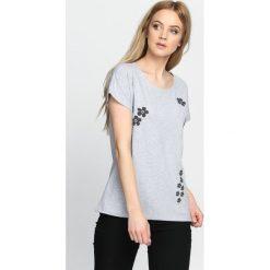 Szary T-shirt Getting Over. Szare bluzki damskie Born2be, m. Za 49,99 zł.