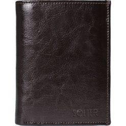 Solier - Portfel skórzany. Czarne portfele męskie Solier, z materiału. W wyprzedaży za 69,90 zł.