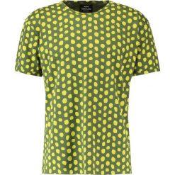 T-shirty męskie z nadrukiem: Mads Nørgaard TERRON Tshirt z nadrukiem green kiwi
