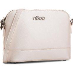 Torebka NOBO - NBAG-E1460-C000 Perłowy. Białe listonoszki damskie Nobo, ze skóry ekologicznej. W wyprzedaży za 109,00 zł.