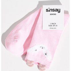 Skarpetki z pluszowymi uszami - Różowy. Szare skarpetki damskie marki Sinsay, l, z motywem z bajki. W wyprzedaży za 4,99 zł.