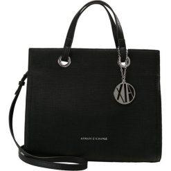 Armani Exchange Torebka nero/black. Czarne torebki klasyczne damskie marki Armani Exchange, l, z materiału, z kapturem. Za 739,00 zł.