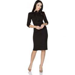 Czarna Bluzka z Wiązaniem przy Szyi. Czarne bluzki longsleeves marki Molly.pl, l, z dzianiny, klasyczne, z golfem. Za 89,90 zł.