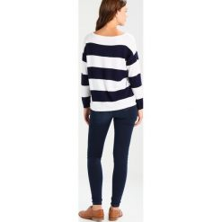 Swetry klasyczne damskie: Baukjen ALINE  Sweter darkest navy/off white