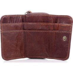 Portfele męskie: Skórzany męski portfel WILD Brązowy bardzo poręczny