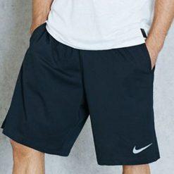 """Nike Spodenki męskie Essential Training 9"""" Short czarny r. S (835414 010). Czarne spodenki sportowe męskie Nike, sportowe. Za 90,90 zł."""