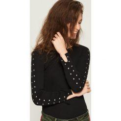 Bluzki damskie: Bluzka z dżetami - Czarny