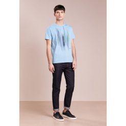 BOSS Green Tshirt z nadrukiem alaskan blue. Niebieskie koszulki polo BOSS Green, m, z nadrukiem, z bawełny. Za 289,00 zł.