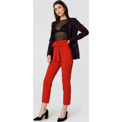 Spodnie z wysokim stanem: Trendyol Spodnie garniturowe z wysokim stanem – Red
