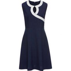 Sukienka bonprix granatowo-biały. Niebieskie sukienki hiszpanki bonprix, z kontrastowym kołnierzykiem, dopasowane. Za 79,99 zł.
