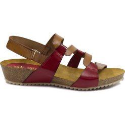 Rzymianki damskie: Skórzane sandały w kolorze jasnobrązowo-czerwonym