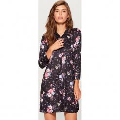 Sukienka w kwiaty - Niebieski. Białe sukienki marki Reserved, l, z gorsetem, gorsetowe. Za 119,99 zł.