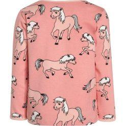 Bluzki dziewczęce bawełniane: Småfolk WITH HORSES Bluzka z długim rękawem coral