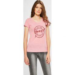Guess Jeans - Top. Szare topy damskie Guess Jeans, l, z aplikacjami, z bawełny, z okrągłym kołnierzem. W wyprzedaży za 149,90 zł.