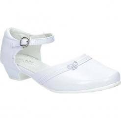 Białe buty komunijne Casu 7KM-220. Białe buciki niemowlęce Casu. Za 59,99 zł.