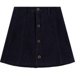 Spódnica sztruksowa w kolorze granatowym. Białe spódniczki dziewczęce marki Marc O'Polo Junior, z nadrukiem, z okrągłym kołnierzem, z długim rękawem. W wyprzedaży za 105,95 zł.