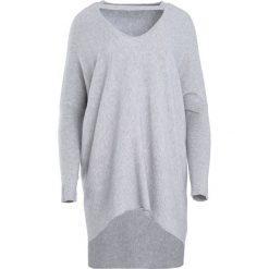 Swetry klasyczne damskie: Szary Sweter Can Remember