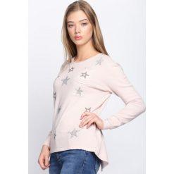 Jasnoróżowy Sweter Sweet Escape. Szare swetry klasyczne damskie marki Born2be, xl, z okrągłym kołnierzem. Za 39,99 zł.