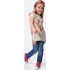 Tunika dziewczęca z serduszkiem cappuccino DZ6023. Szare sukienki dziewczęce marki Fasardi. Za 39,00 zł.