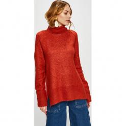Vero Moda - Sweter. Czerwone golfy damskie Vero Moda, l, z dzianiny, z krótkim rękawem. Za 149,90 zł.