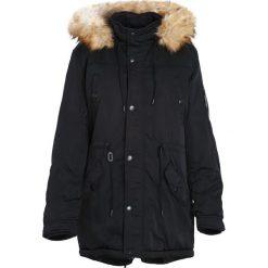 Czarna Kurtka Primarily. Czarne kurtki męskie zimowe marki Born2be, l, z aplikacjami, z dresówki. Za 234,99 zł.