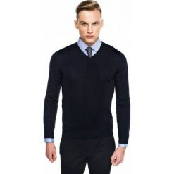 Swetry klasyczne męskie: sweter valero w serek granatowy