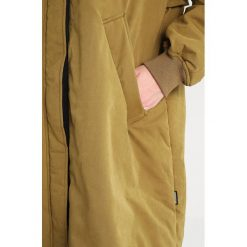 Płaszcze damskie pastelowe: Brooklyn's Own by Rocawear Płaszcz zimowy lizard