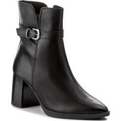 Botki CAPRICE - 9-25331-29 Black Nappa 022. Czarne botki damskie skórzane marki Caprice. W wyprzedaży za 279,00 zł.