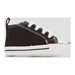 Wysokie buty sportowe FIRST STAR HI CANVAS. Czarne buty sportowe dziewczęce marki Converse, z kauczuku, na obcasie, na sznurówki. Za 102,86 zł.