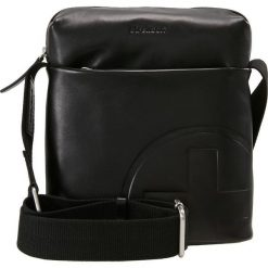 Strellson JONES SHOULDERBAG Torba na ramię black. Czarne torby na ramię męskie Strellson, na ramię, małe. Za 419,00 zł.
