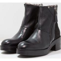 Lilimill Botki na platformie alce nero. Czarne buty zimowe damskie lilimill, z materiału, na platformie. W wyprzedaży za 530,10 zł.