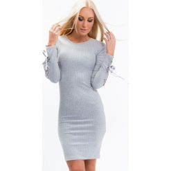 Sukienka prążkowana z wiązaniami jasnoszara 1546. Szare sukienki Fasardi, xl, prążkowane. Za 61,00 zł.