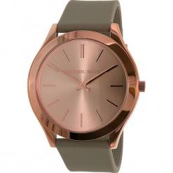 """Zegarek kwarcowy """"Slim Runway"""" w kolorze szaro-różowozłotym. Szare, analogowe zegarki damskie marki Michael Kors, ze stali. W wyprzedaży za 476,95 zł."""