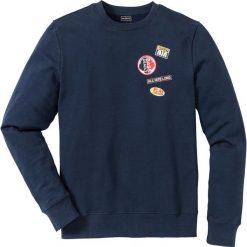 Bluza dresowa Slim Fit bonprix ciemnoniebieski. Niebieskie bejsbolówki męskie bonprix, l, z nadrukiem, z dresówki. Za 44,99 zł.